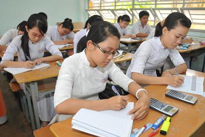 Đề thi học kì 2 lớp 9 môn Lý - Quận Bình Thạnh 2015