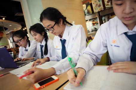 Đề thi giữa học kì 2 lớp 7 môn Văn - Việt Yên 2015