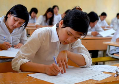 Đề thi giữa học kì 2 lớp 9 môn Văn - Việt Yên năm 2015