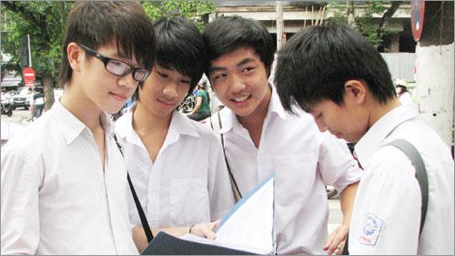 Đề thi giữa học kì 1 lớp 6 môn Toán năm 2015 trường THCS Trần Phú