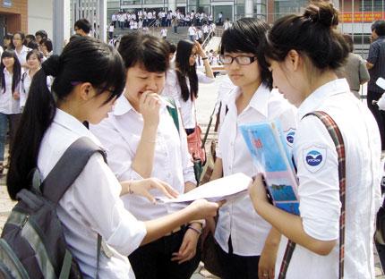 Đề thi giữa học kì 1 lớp 6 môn Toán năm 2015 trường THCS Hồng Dương