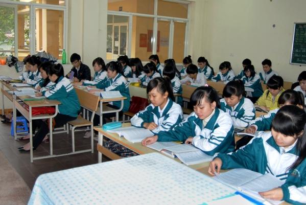 Đề thi học kì 1 lớp 7 môn Địa Lý trường THCS Cao Vân 2014