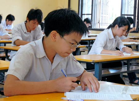 Đề thi học kì 1 môn Toán lớp 7 - Đan Phượng 2015