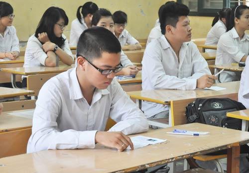 Đề thi học kì 1 lớp 7 môn Văn trường THCS Cảnh Hóa năm 2015