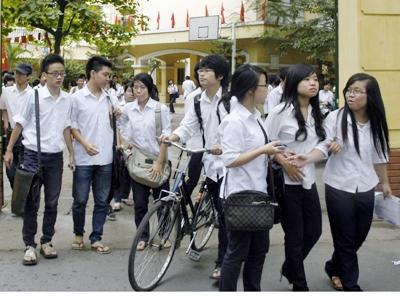 Đề thi học kì 1 môn Toán lớp 8 năm 2015 Bắc Giang