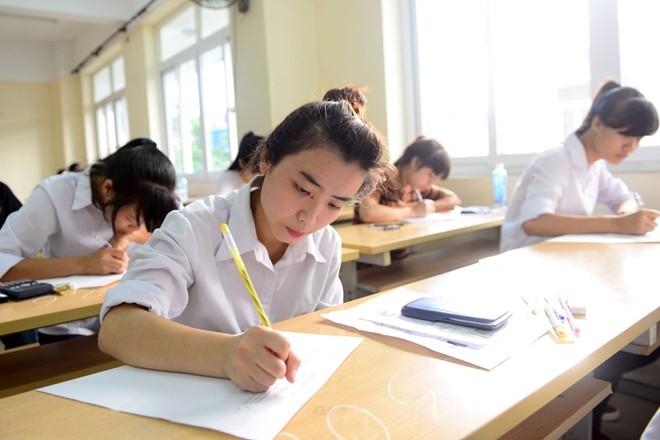 Đề thi học kì 1 môn Sinh học lớp 9 THCS Hòa Đông năm 2014