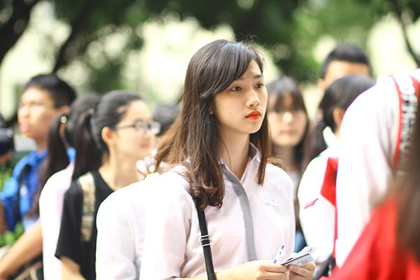 Đề thi học kì 1 môn Anh lớp 9 năm 2015 trường THCS Phan Châu Trinh
