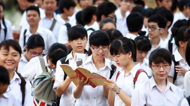 Đề thi giữa học kì 1 môn Anh lớp 12 năm 2015 trường THPT Nguyễn Trãi