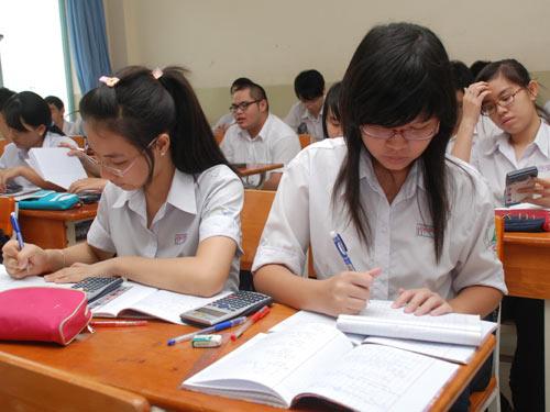 Đề thi học kì 1 môn Văn lớp 11 - Quảng Ngãi năm 2015