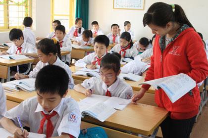Đề thi cuối học kì 1 môn Tiếng Việt lớp 5 năm 2014 có đáp án