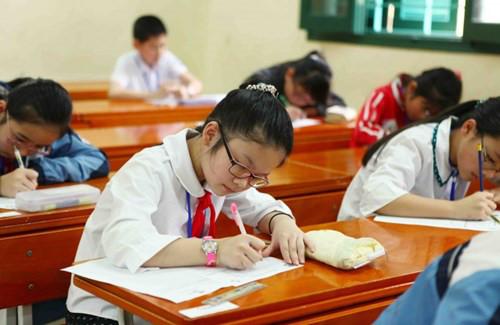 Đề thi giữa học kì 1 môn Toán lớp 4 trường tiểu học Sơn Hồng năm 2015