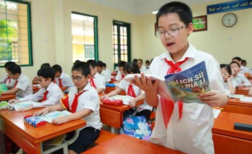 Đề thi học kì 1 môn Toán lớp 4 năm 2015 trường tiểu học Minh Tân