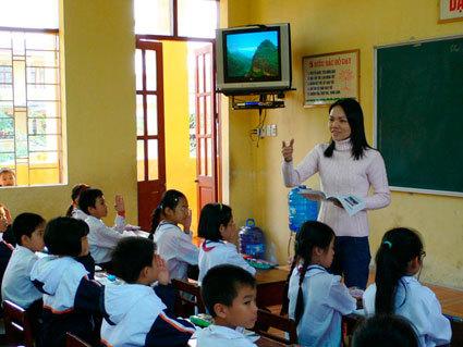 Đề thi giữa học kì 1 môn Tiếng Việt lớp 4 năm 2014