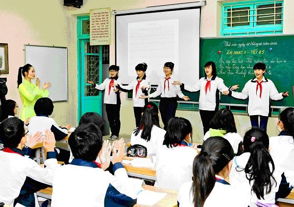 Đề thi học kì 1 môn Toán lớp 4 trường tiểu học Nguyễn Thị Minh Khai năm 2015