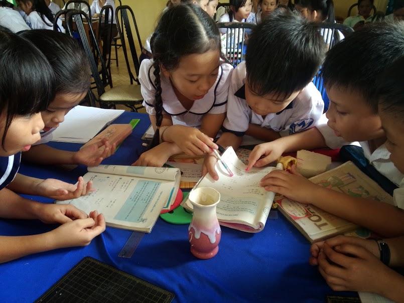 Đề thi học kì 1 môn Tiếng Anh lớp 4 năm 2015 trường tiểu học B Yên Đông