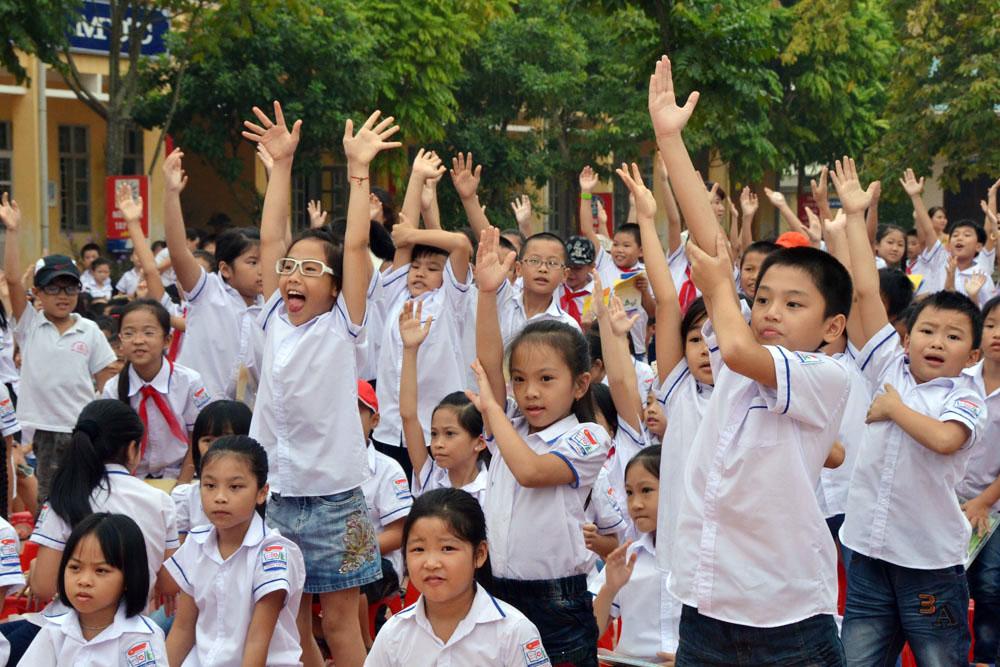 Đề thi giữa học kì 1 môn Tiếng Anh lớp 3 năm 2015 trường Tiểu học Hải An