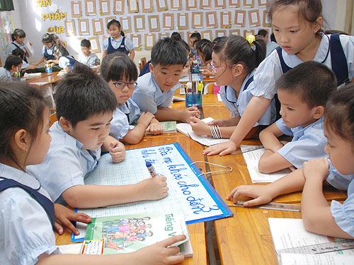 Đề thi cuối học kì 1 môn Toán lớp 2 năm 2015 - Sơn La