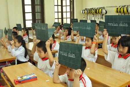 Đề thi học kì 1 môn Tiếng Việt lớp 2 năm 2015 trường Tiểu Học Bắc Lý số 2