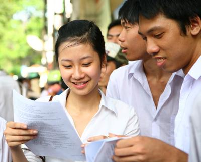Đề kiểm tra giữa học kì 1 môn Anh Văn lớp 12 năm 2015 THPT Nguyễn An Ninh