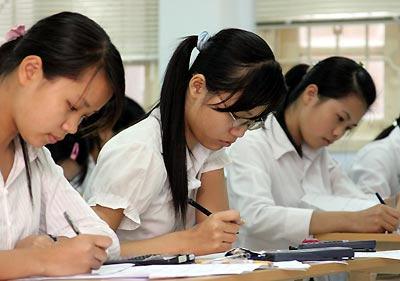 Đề thi giữa học kì 1 môn Văn lớp 12 trường THPT Nông Cống năm 2015