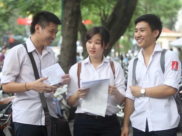 Đề thi giữa học kì 1 môn Tiếng Anh lớp 11 năm 2015 THPT Nguyễn Văn Cừ