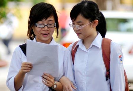 Đề thi giữa học kì 1 lớp 10 môn Văn năm 2015 - THPT Nguyễn Trung Trực