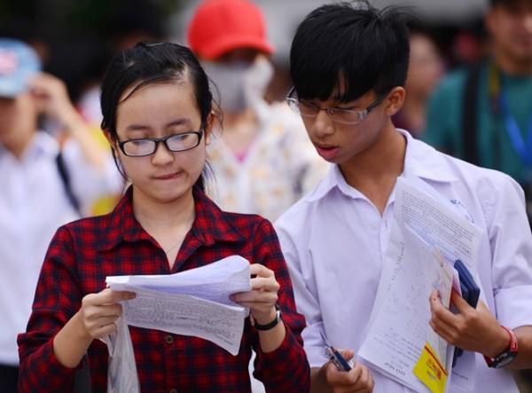 Đề thi giữa học kì 1 môn Toán lớp 10 - THPT Nguyễn Bỉnh Khiêm năm 2015