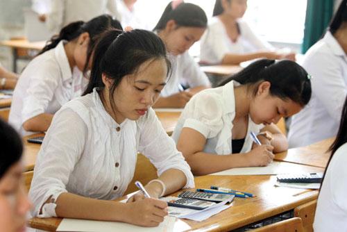 Đề thi giữa học kì 1 lớp 11 môn Tiếng Anh năm 2015 - trường THPT Nông Cống