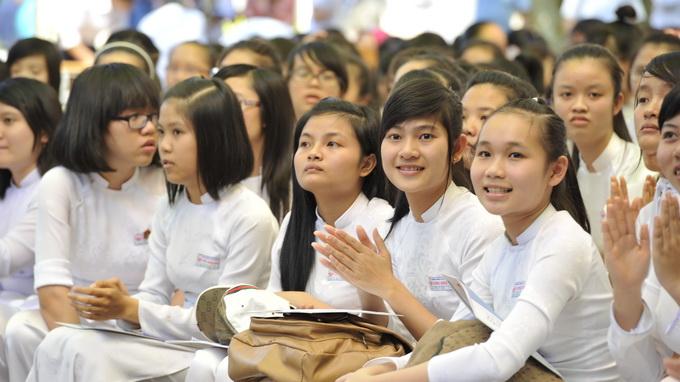 Đề kiểm tra giữa HK1 lớp 8 môn Toán - Phòng GD&ĐT Đất Đỏ năm 2015