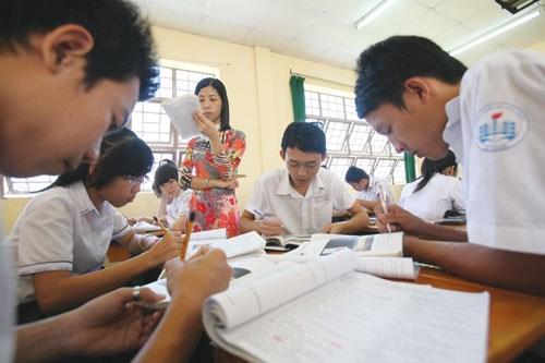 Đề và đáp án đề thi giữa kì 1 môn Lý lớp 7 năm 2015 - THCS Nguyễn Thái Học