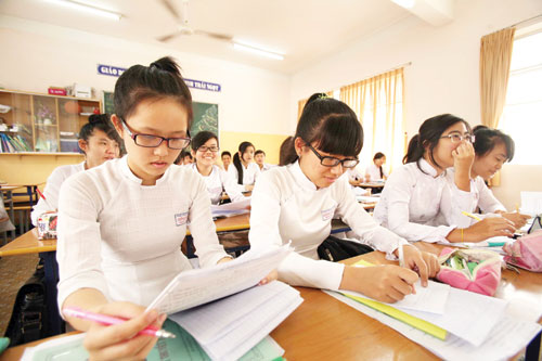 Đề thi giữa học kì 1 môn Toán lớp 7 năm 2015 - trường THCS Tam Thôn