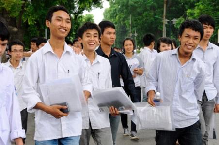 Đề thi 8 tuần học kì 1 lớp 7 môn Tiếng Anh 2015 - THCS Nghĩa Lâm