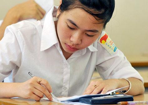 Đề thi 8 tuần học kì 1 khối 7 môn Anh năm 2015 - 2016 - Thuận Hưng
