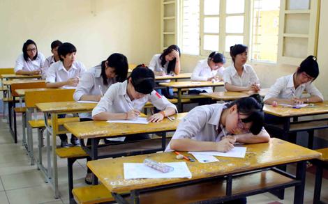 Đề kiểm tra giữa học kì 1 lớp 8 môn Anh - trường THCS Thái Hòa năm 2015