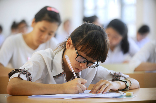 Đề thi giữa học kì 1 lớp 6 môn Văn năm 2015 - 2016 trường THCS Yên Mô