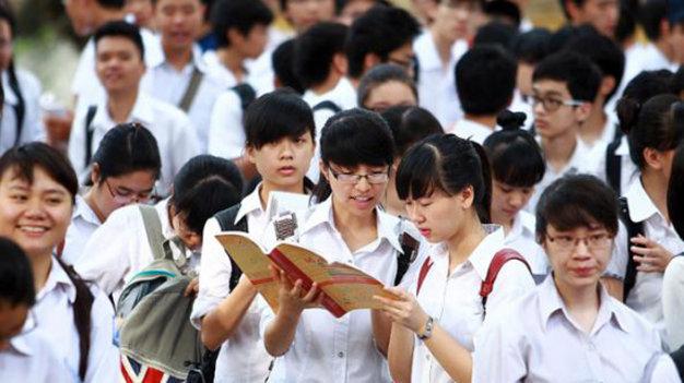 Đề kiểm tra giữa kì 1 lớp 10 môn Tiếng Anh - THPT Đông Anh 2015