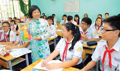 Đề thi giữa kì 1 lớp 8 môn Anh năm 2015 - THCS Thái Hòa