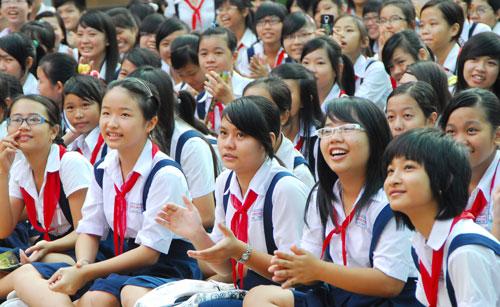 Đề thi giữa kì 1 lớp 7 môn Anh trường THCS Tân Tiến năm 2016 - 2017