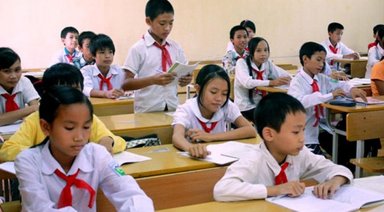 Đề thi 8 tuần kì 1 môn Toán lớp 8 trường THCS Trần Hưng Đạo 2016