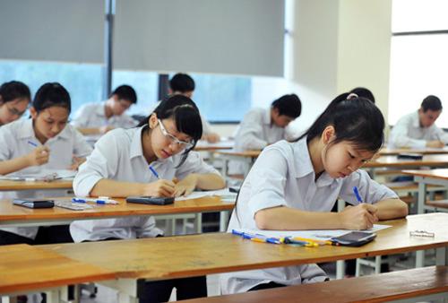 Đề thi học kì 1 lớp 9 môn Tiếng Anh huyện Bình Giang - Hải Dương 2015