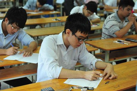 Đề thi học kì 1 môn Tiếng Anh lớp 7 tỉnh Thái Nguyên 2016 -2017