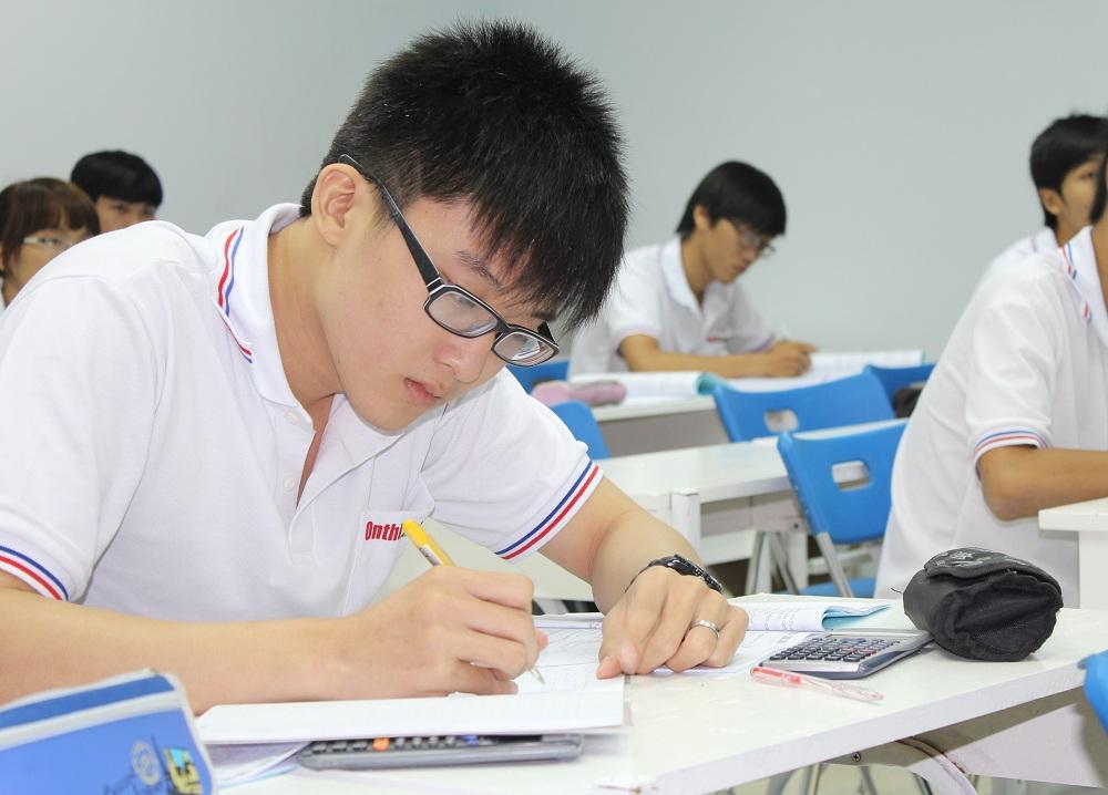 Đề thi học kì 1 môn Toán lớp 8 trường THCS Diễn Lâm năm 2016 - 2017