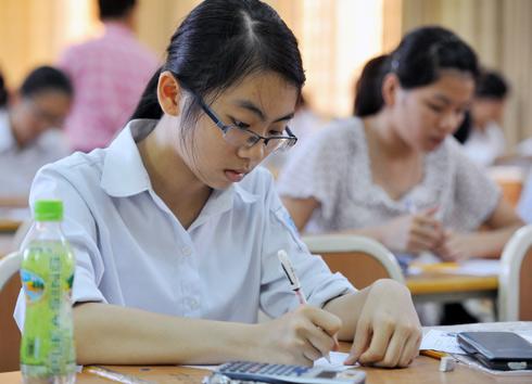Đề thi giữa học kì 2 lớp 9 năm 2015 môn Tiếng Anh - THCS Biên Giới