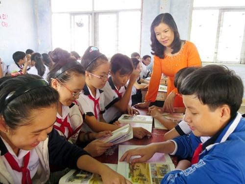 Đề thi học kì 1 môn Tiếng Việt lớp 4 trường tiểu học Phú Tân A năm 2015