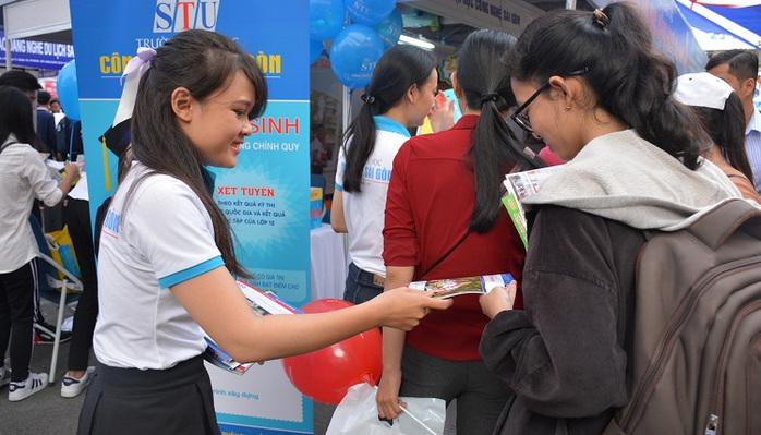 Chấm thi THPT Quốc gia 2018 được làm tròn đến 2 chữ số thập phân