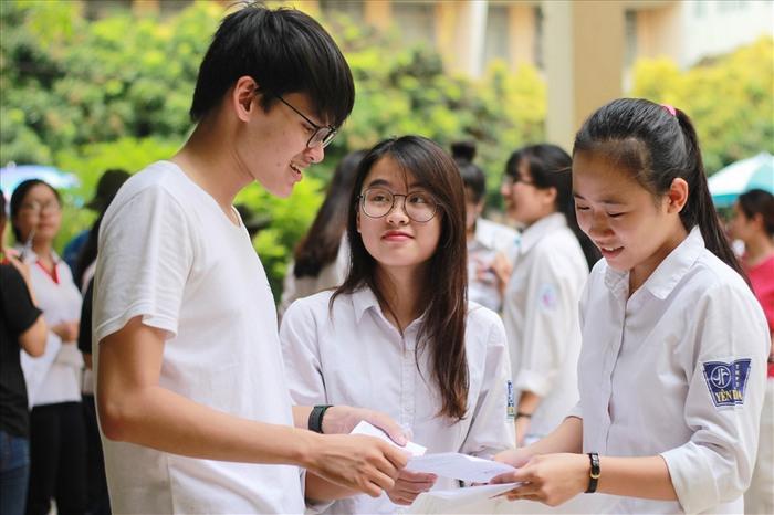 Tuyển tập 84 đề thi thử THPT Quốc gia môn Văn 2018