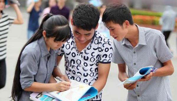 Hơn 160 trường công bố mức điểm nhận hồ sơ xét tuyển 2018