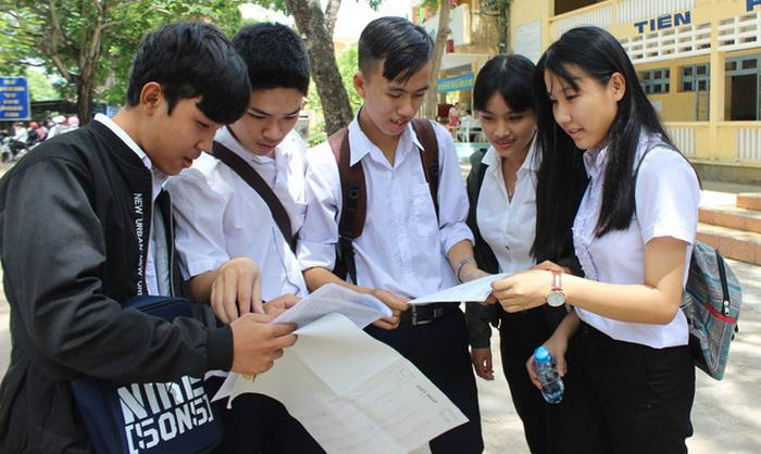 Bộ 19 đề thi thử môn Địa THPT Quốc gia 2020