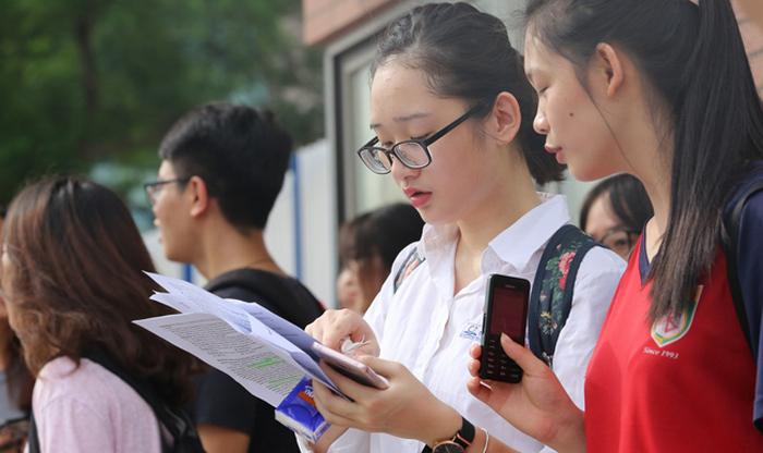 Thêm nhiều địa phương quyết định đi học trở lại