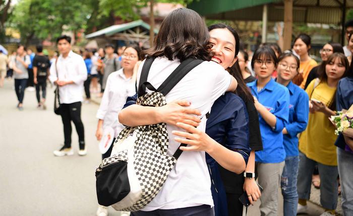Trường đầu tiên cho sinh viên nghỉ đến tháng 5 tránh dịch